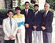 米国歯科大学院卒業写真