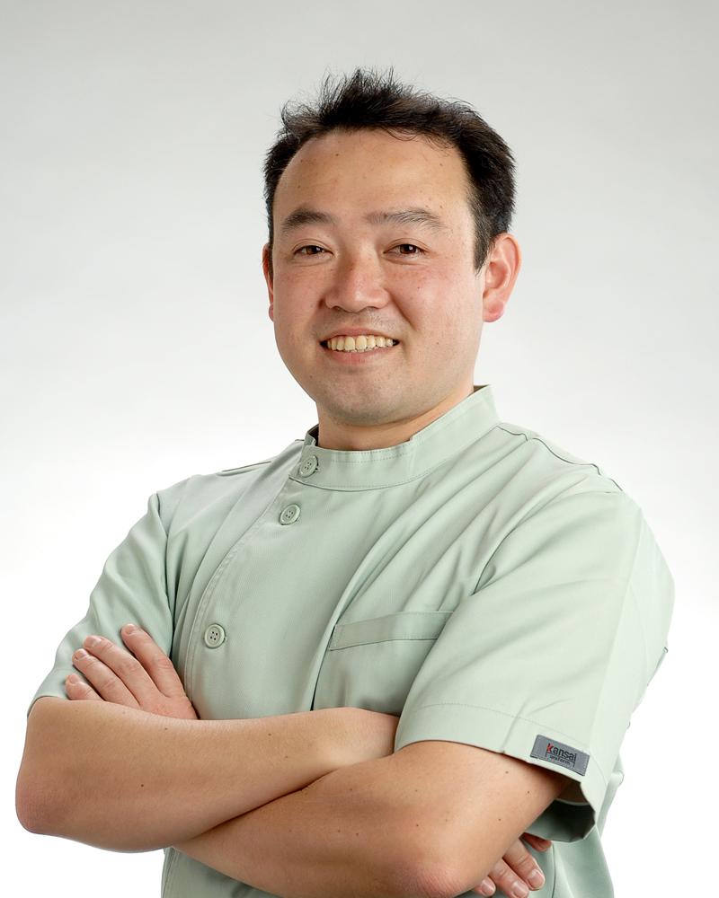 歯槽膿漏の歯科治療室 Dr.天野健三S