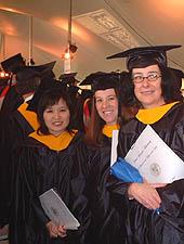 歯槽膿漏の歯科治療室/米国大学院修士